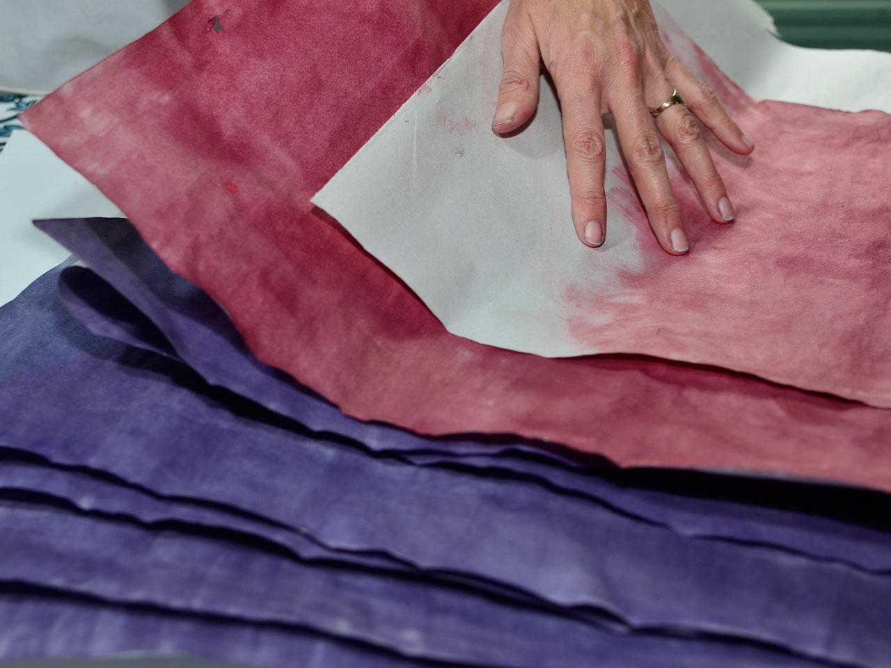 5- Dejalas secar. Si hacés de más para estampar en otra ocasión, guardalas en un lugar seco (idealmente entre paños de nylon).