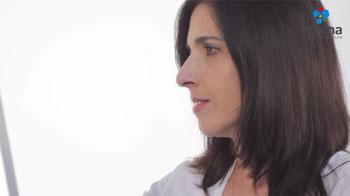 Video02__0010_Amapola-con-Acrilico-Profesional